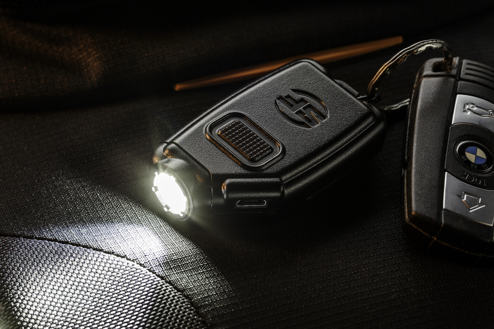 SureFire Sidekick the best keychain light