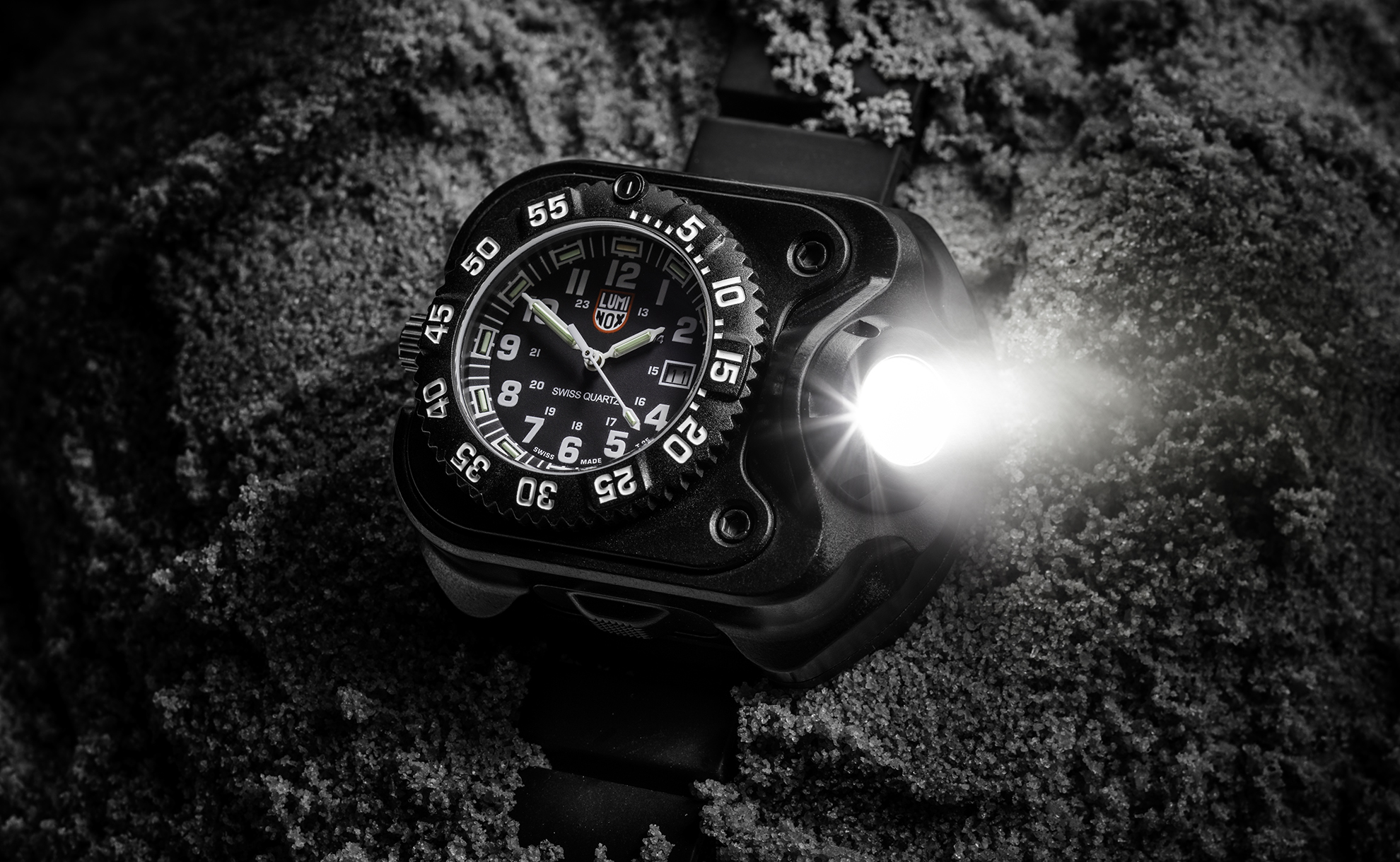 SureFire 2211 Luminox with 2211 Luminox watch