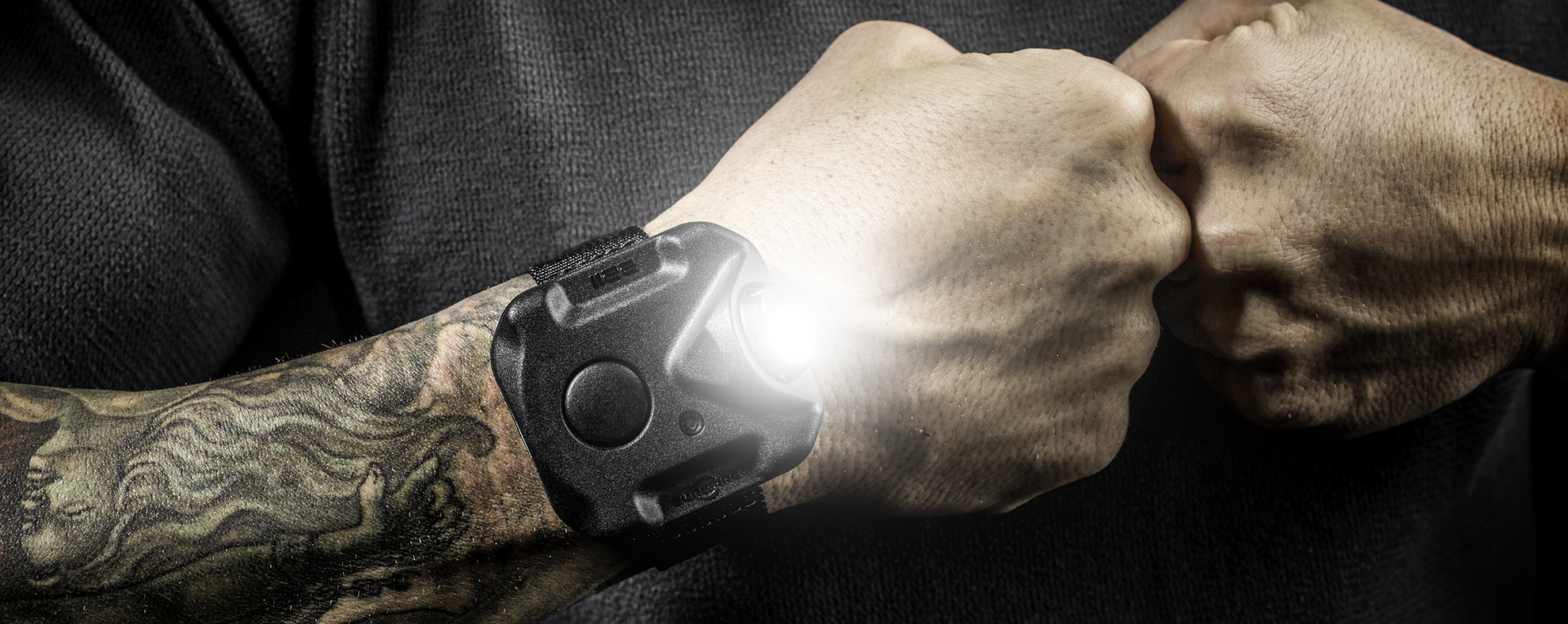 SureFire 2211 Wristlight hands-free lighting solution