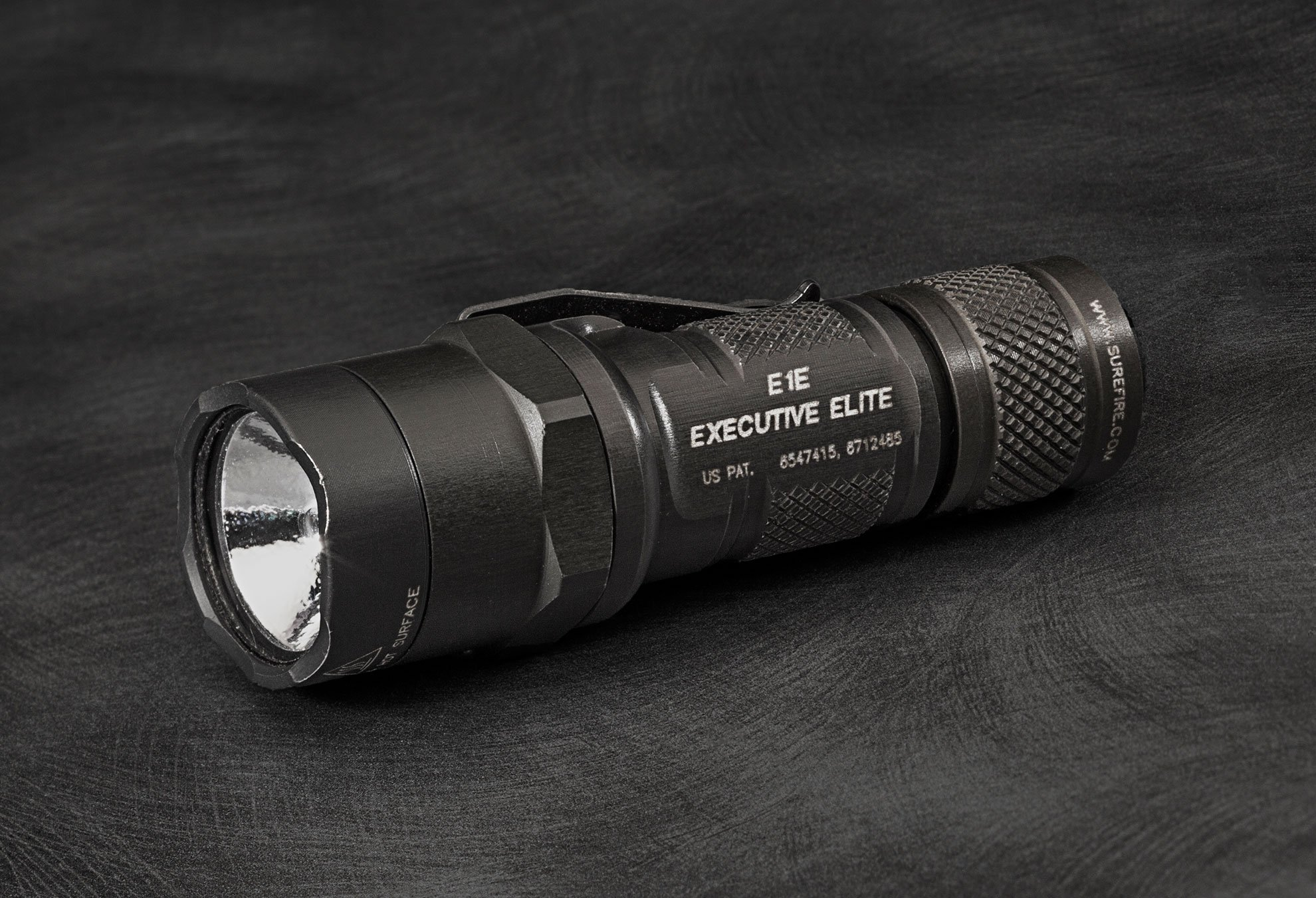 SureFire E1E Executive Elite flashlight