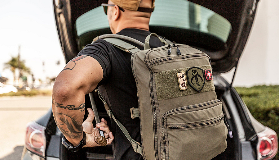 How to Build your EDC Kit with SureFireWhat's In Your Bag?