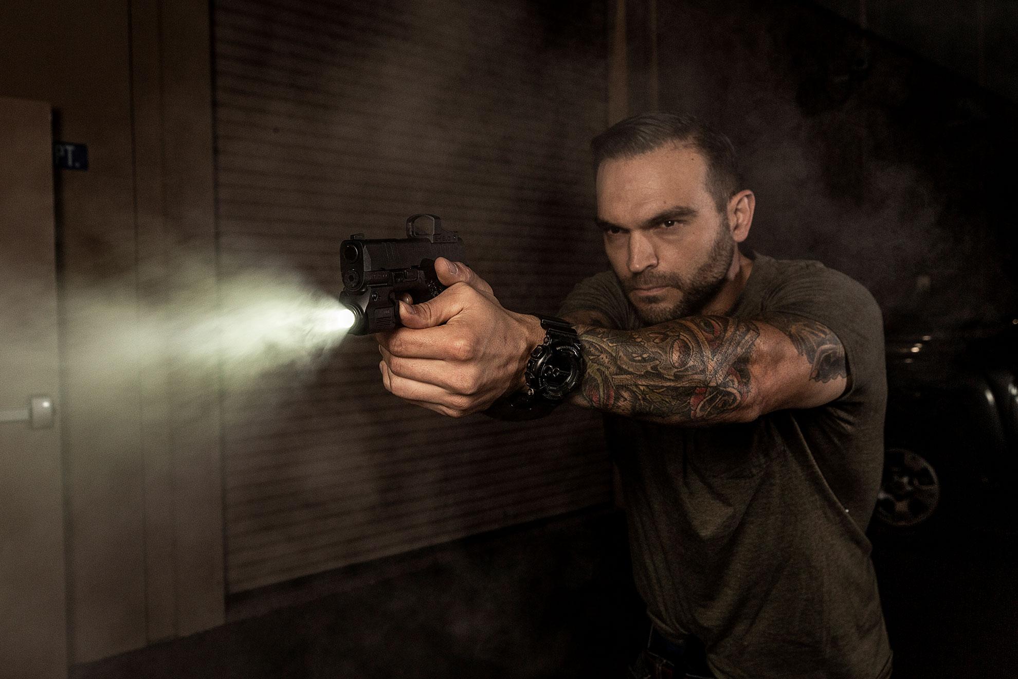 Guns & Ammo first look SureFire XSC WeaponLight for self-defense
