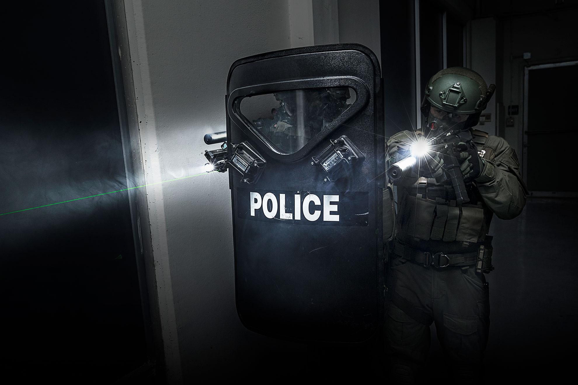 SureFire zero laser SWAT